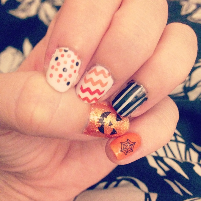 My Halloween manicure using one of PopSugar's goodies.